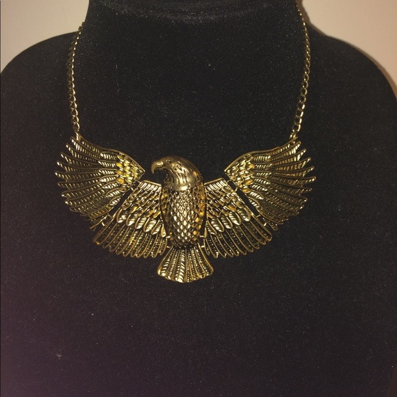 Forever 21 Jewelry Gold Eagle Necklace Poshmark